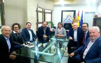 Cedelco se reúne con la alcaldesa de Aspe y aborda el alto Impuesto de Actividades Económicas del municipio